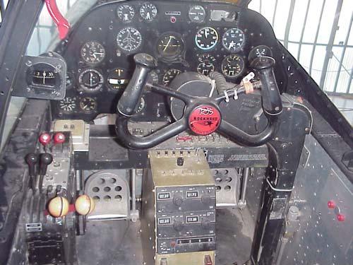 p38-cockpit2.jpg